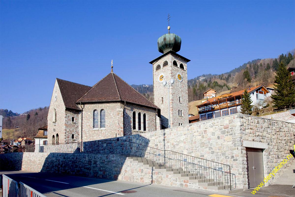 Лихтенштейн Liechtenstein Тризенберг St. Joseph's Church