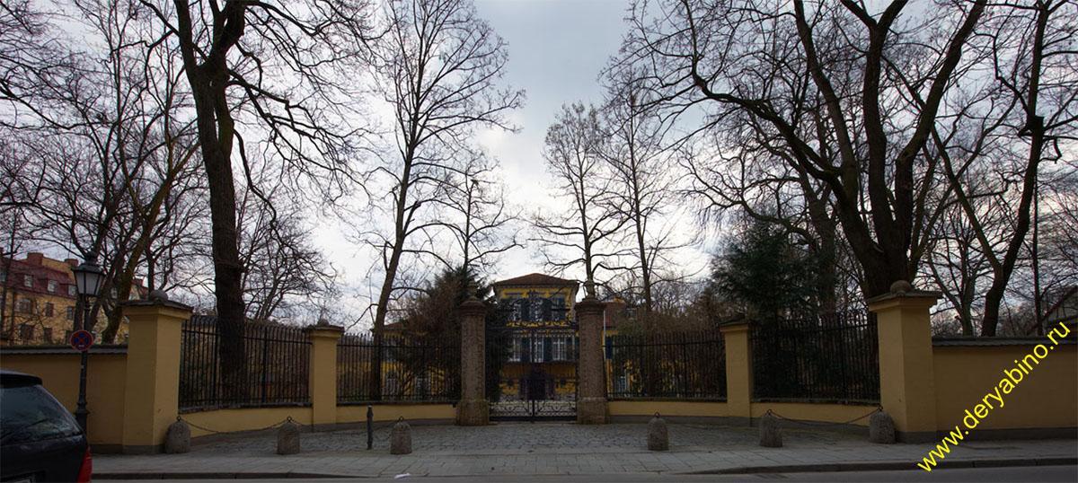 Мюнхен Schloss Suresnes