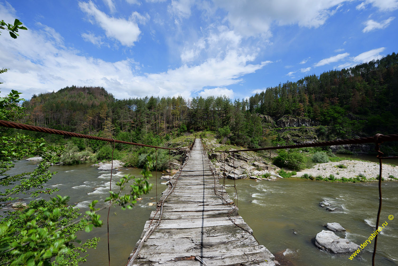 Висячий мост у села Цирка