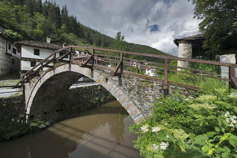 Римский мост в селе Широка Лыка