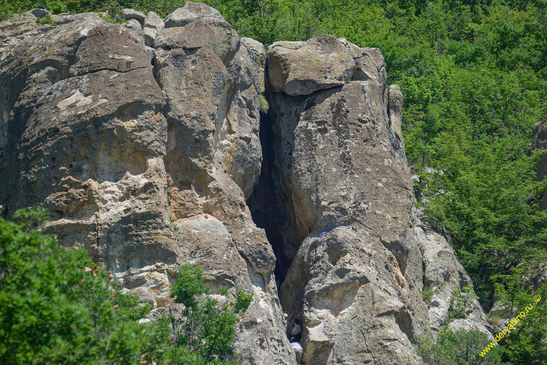 Пещера Утроба Болгария