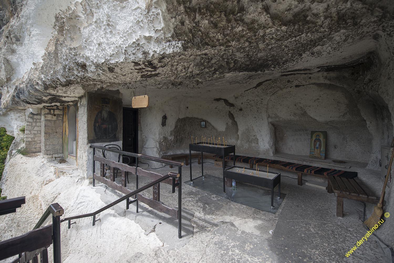 Скальный монастырь Басарбовского