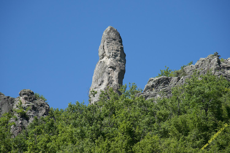 Скала Хамбарташ у села Белица.
