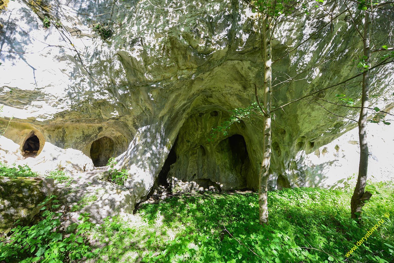 Скальный феномен у села Белица.