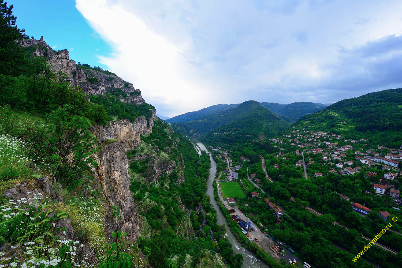 Лакатнишки скалы Lakatnik Cliffs