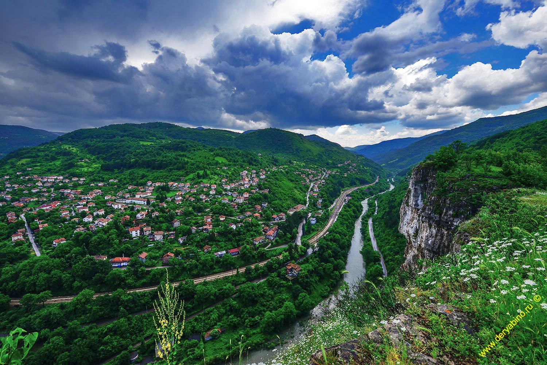 село Лакатники