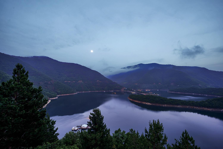 Озеро Вача