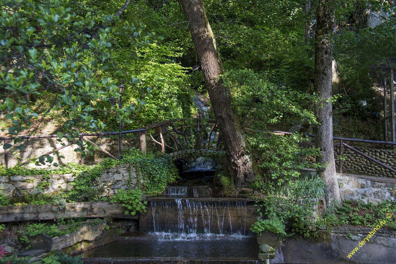 Водопад в местечке Езерото