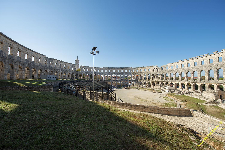 Хорватия Амфитеатр в городе Пула Croatia