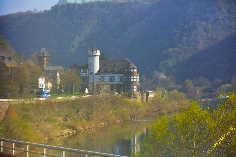 Замок фон дер Ляйен Schloss von der Leyen