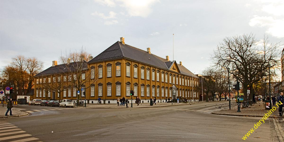 Тронхейм Норвегия Trondheim Norway Королевская резиденция